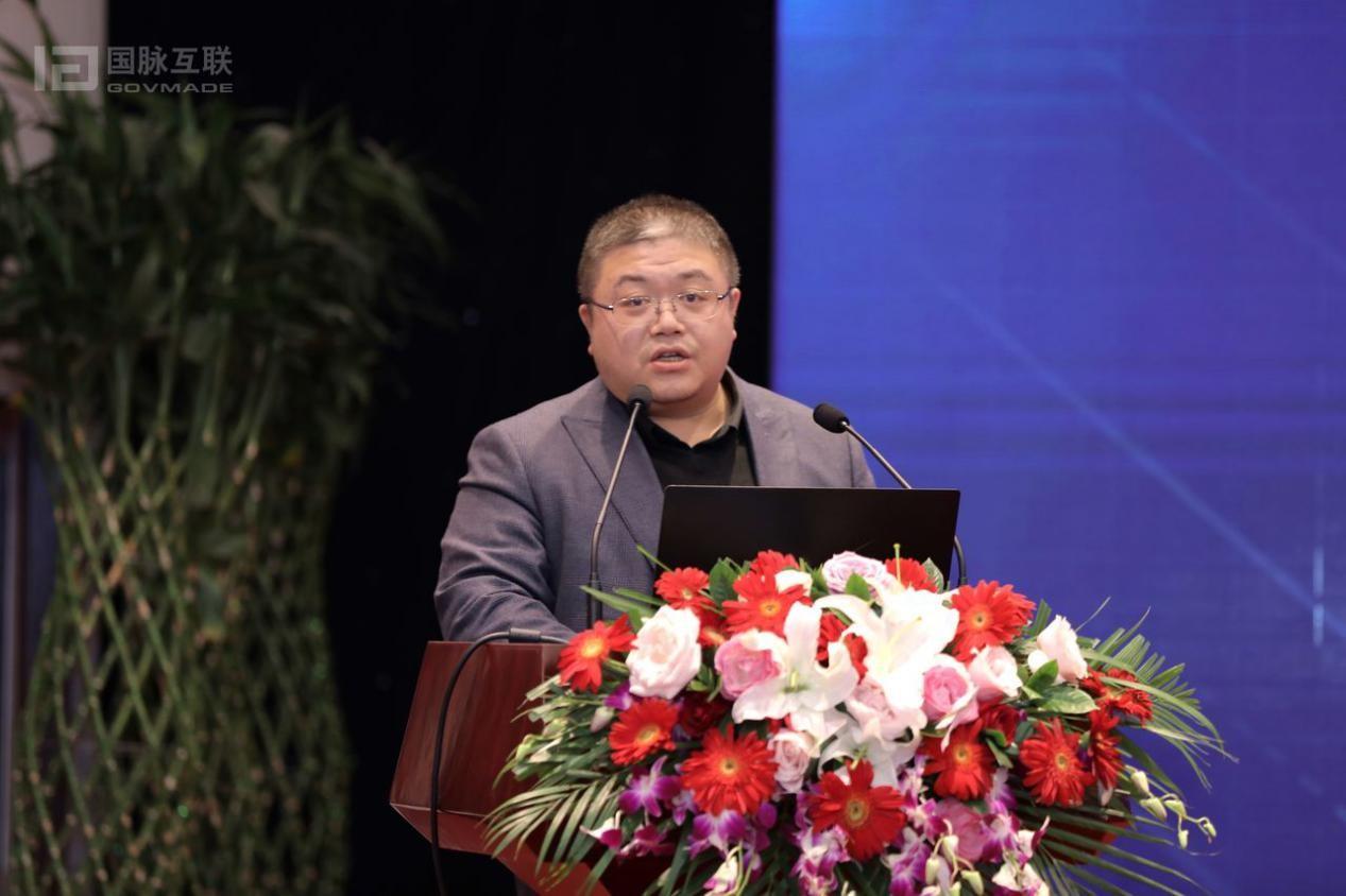 """孙杨:打造移动政务时代  群众服务的掌中宝—江西""""赣服通""""建设的思考"""